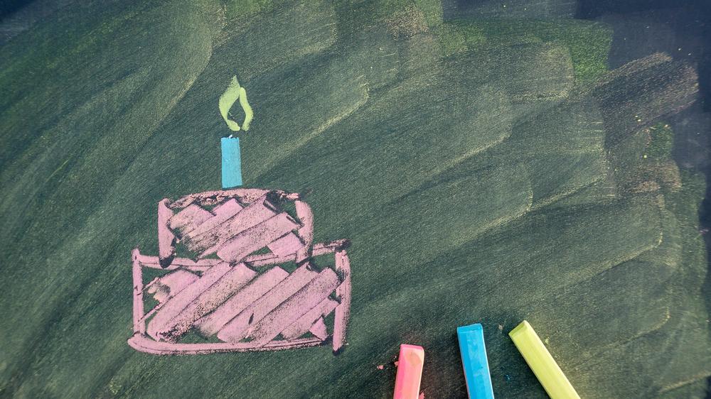 Kind jarig en uitdelen op school? 6 tips voor lekkernijen!