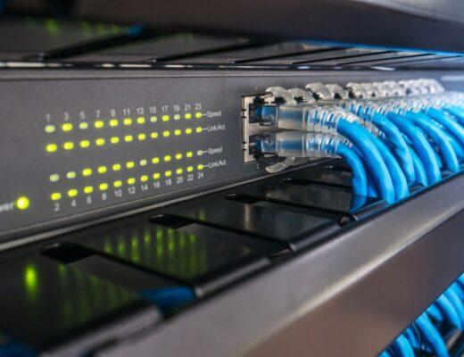 Een patchkast voor het zakelijke netwerk