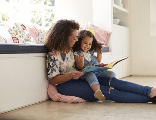 Voorlezen voor je kind op de leukste manier: dit zijn de 6 beste tips!