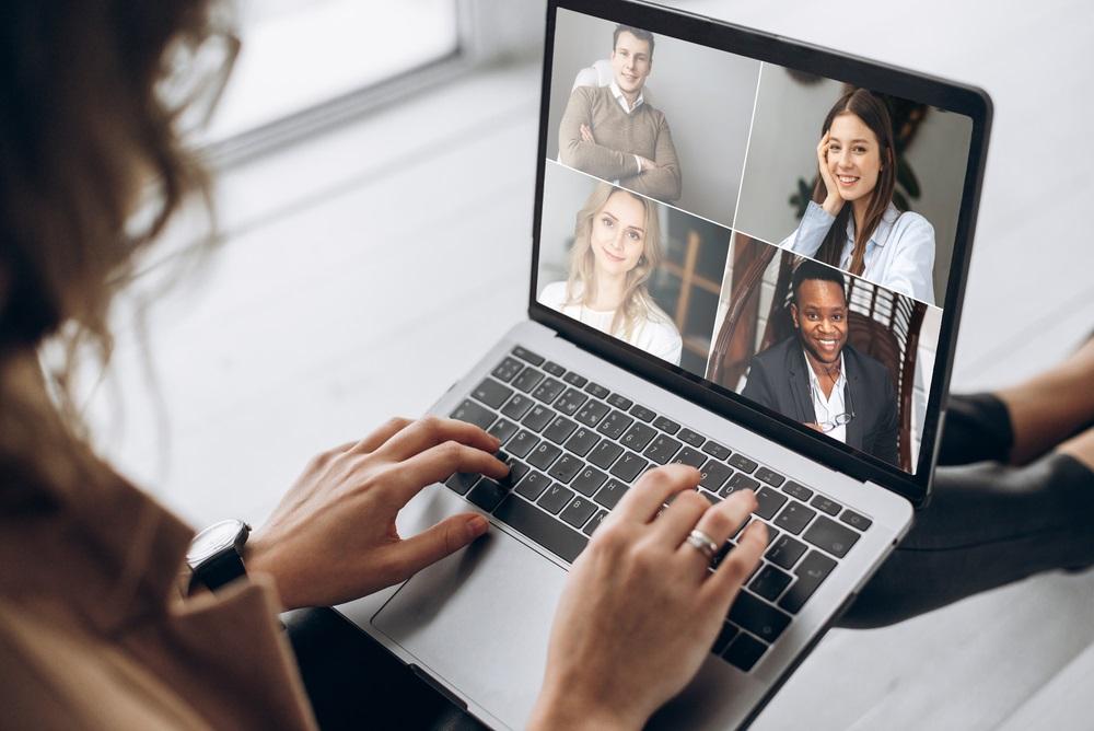 Videodienst Zoom behaalt bizarre winst