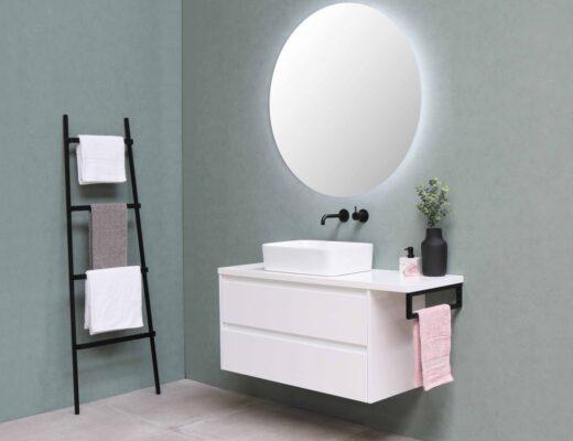 5 manieren om te voorkomen dat je badkamerspiegel beslaat